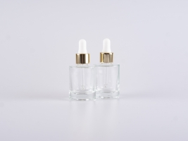 "Glasflasche ""Raoul"" 30ml, mit Pipette gold"